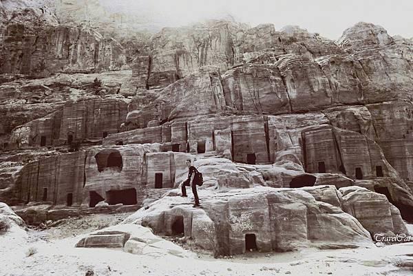 tn_IMG_8304 住宅-18304Street of Facades    Nabatean的住宅或墓室