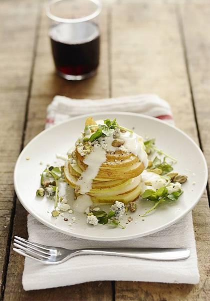 pear-salad-straight-on