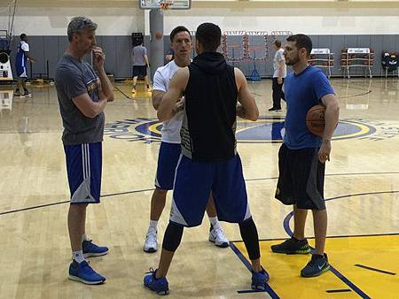 steve nash helping curry shooting(2)
