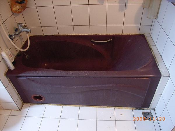 拆浴缸補磁磚-洩水坡度案例