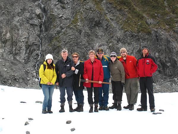Fox Glacier。所有團員大合照