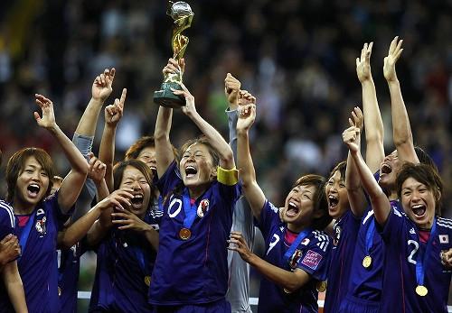 日本在世界盃女子足球奪冠