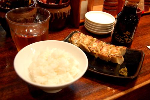 2.白飯+煎餃
