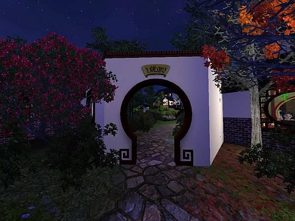 月洞門口夜景.jpg