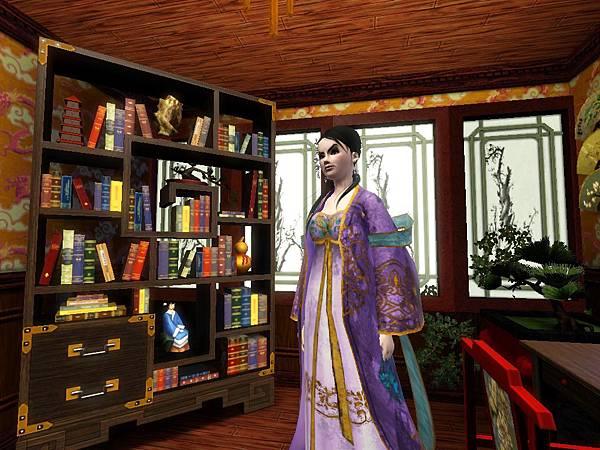 尼寇在書齋書櫃前.jpg