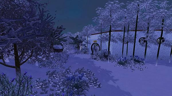 連結主屋間的月洞門.jpg