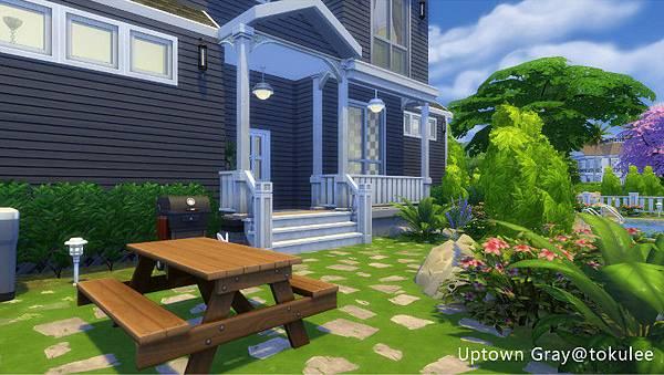 uptown gray-bbq place.jpg