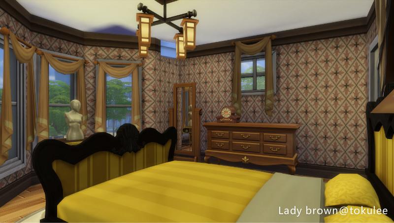 lady brown-bedroom1.jpg