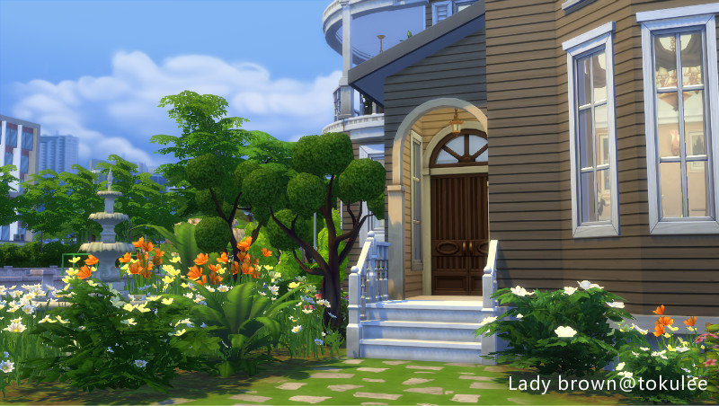 lady brown-frontdoor.jpg