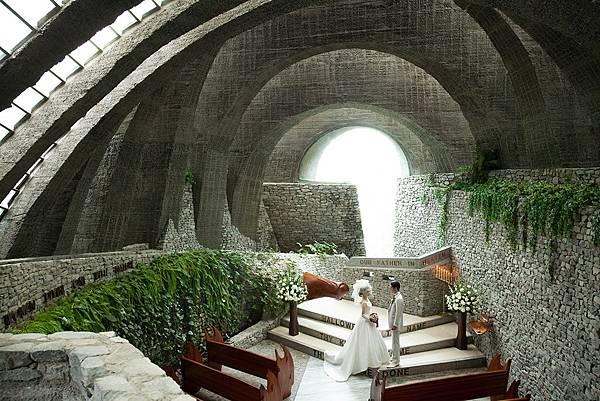 石之教堂內部