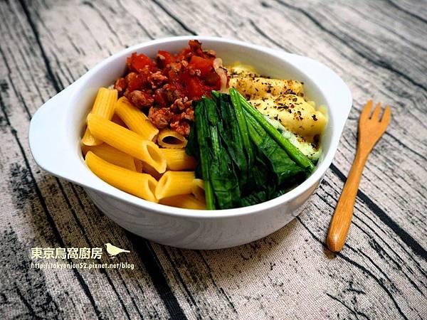 焗烤菠菜紅醬筆管麵.jpg