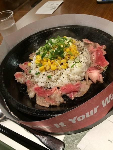 胡椒牛肉飯.JPG