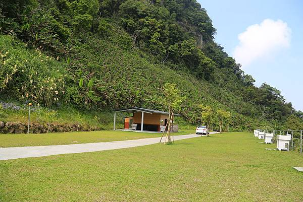 耀婆山露營區