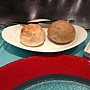 IMG_0264帕瑪森起司麵包及雜糧麵包