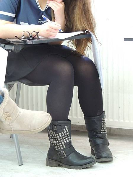 classroom-382538_960_720.jpg