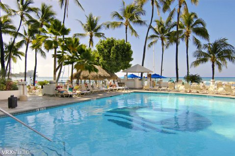 Outrigger_beach_pool.jpg