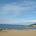 沙灘海邊-太陽曬得沙超燙的