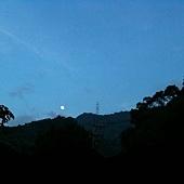 20110713 山頭上的月亮