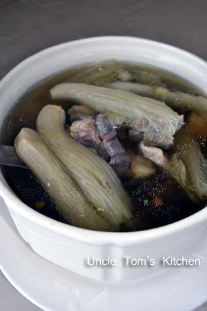 小白菜香菇排骨湯zoomin.jpg