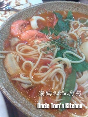蕃茄海鮮湯麵.jpg
