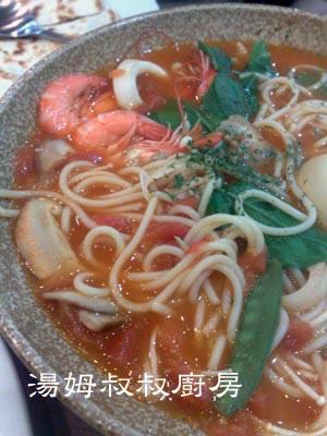 湯姆叔叔廚房之221,蕃茄海鮮義大利湯麵