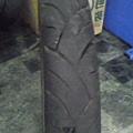 e2010.8.23換m6102-退役的建大輪胎.jpg
