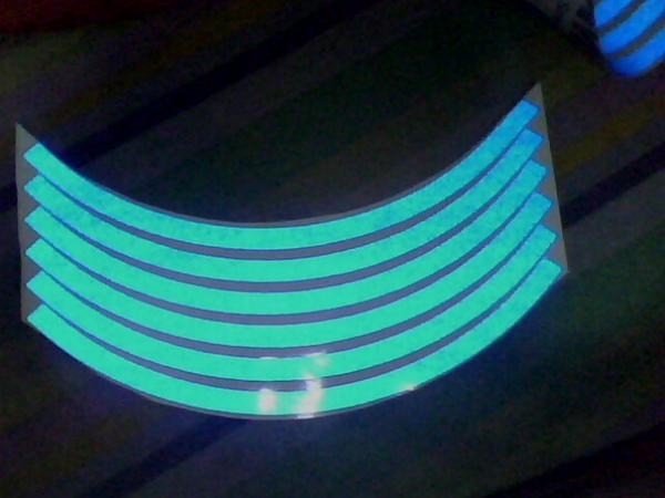 2010.4.20 3M輪框貼紙到貨 反光後