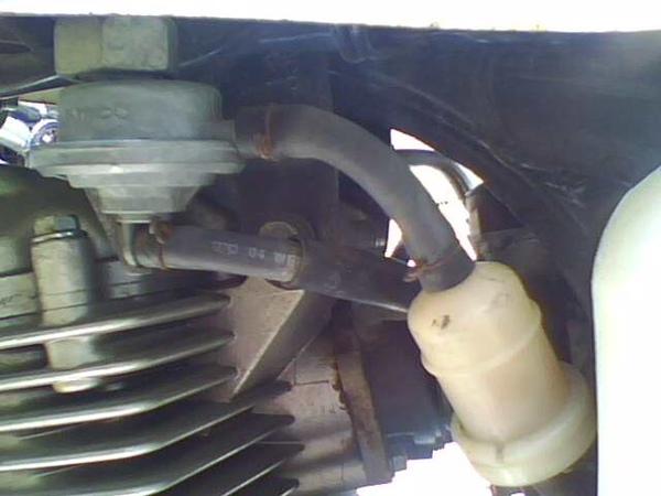 2010.5.16 接 雙砲表 信號線-汽油濾心.jpg