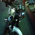 2010.5.26 上 狼R晶鑽大燈 調整角度-調整角度2