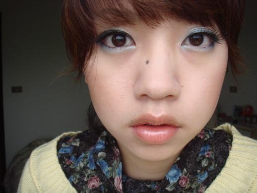 英龍華眼妝 ( 假睫毛 ) 1