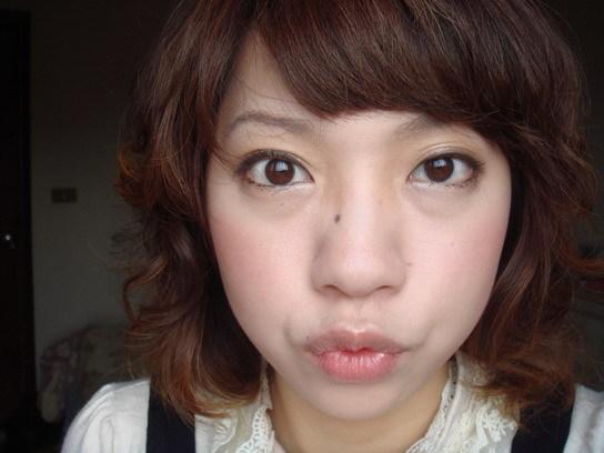 深咖啡睫毛膏妝 3