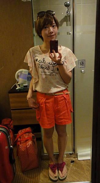 2011.09.02. 今天是我的生日 去香港接新娘的梳化工作 :)
