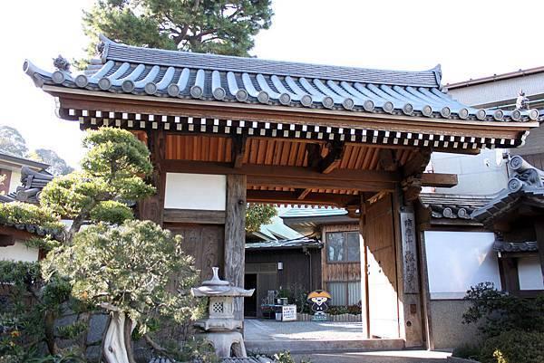 橫濱弘明寺6.JPG