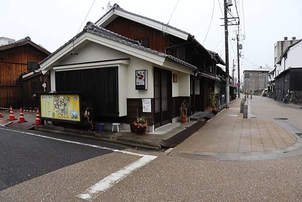 名古屋 四間道1.JPG