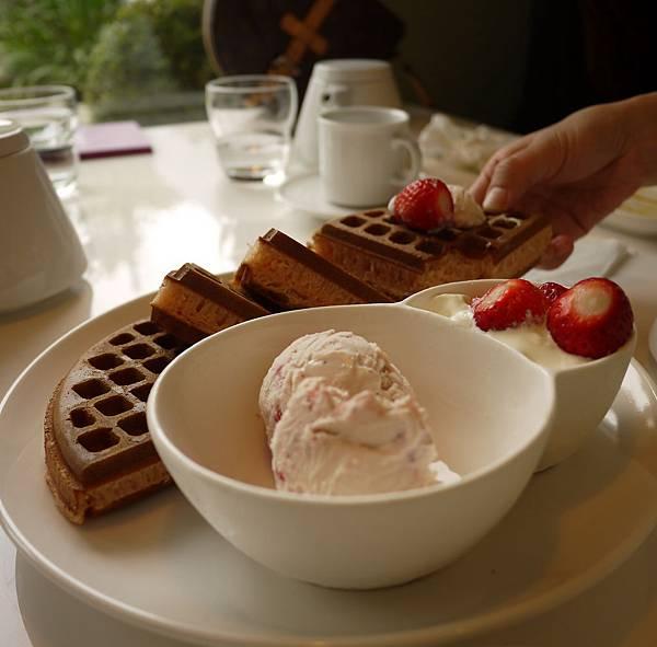 老陳咖啡 草莓煎餅