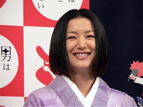 鈴木京香19