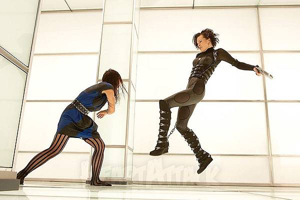 12082602_Resident_Evil_Retribution_03