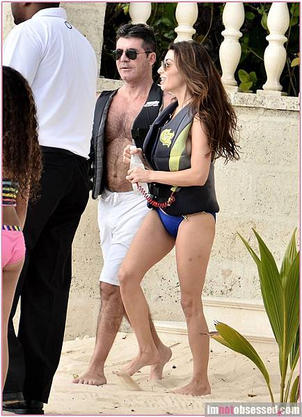 simon-cowell-in-barbados-6
