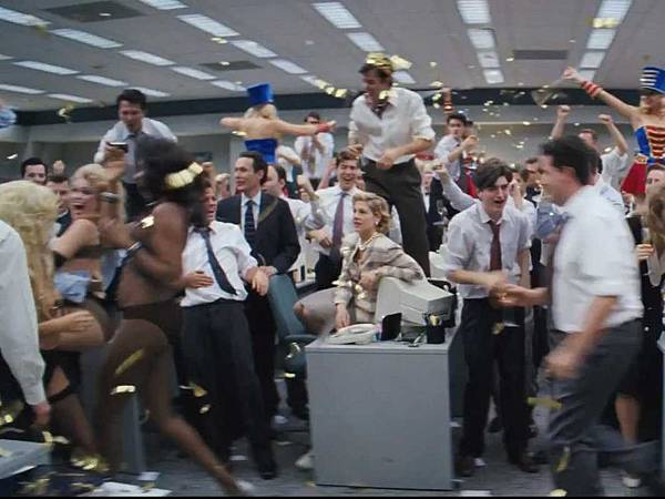 how-a-monkey-on-roller-skates-made-it-into-a-wild-party-scene-in-the-wolf-of-wall-street