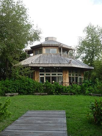 園區內的生態竹屋可以體驗敲擊竹製樂器.JPG