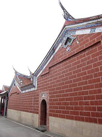 「文昌祠」的單簷歇山頂展現了傳統建築之美.JPG