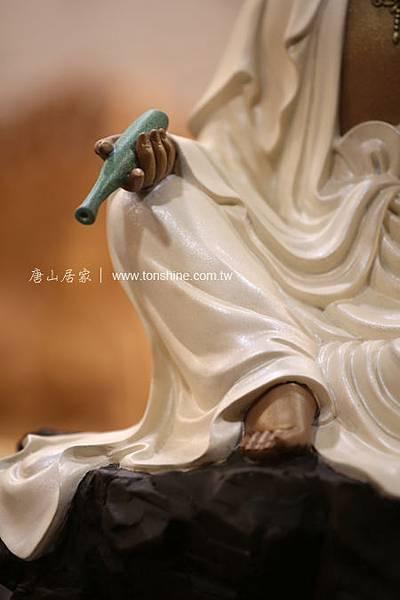 百態觀音之靜思觀音-吳凡銅雕