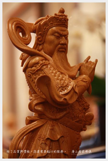 佛具佛像佛桌展示-台灣檜木迦藍護法1尺3(局部特寫)