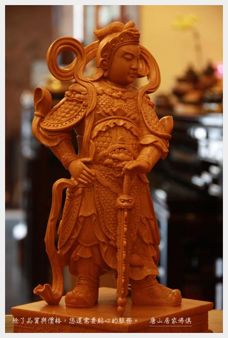 佛具佛像佛桌展示-台灣檜木韋陀護法1尺3