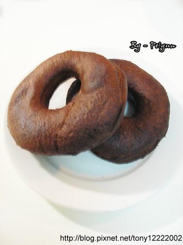 2007.10.27 巧克力甜甜圈(半成品)