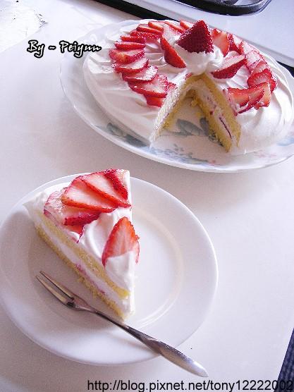 2008.01.01 草莓海綿蛋糕(成品)2
