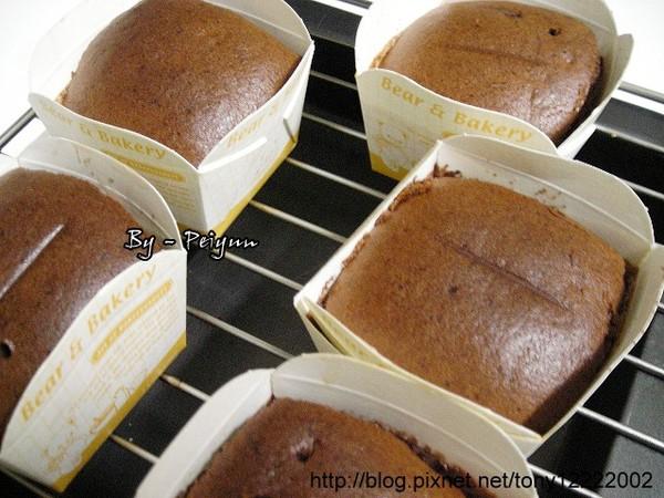 2008.01.18 巧克力香蕉海綿蛋糕(成品)2.jpg