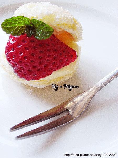 2008.03.02-草莓卡士達小西餅(成品)-2.jpg