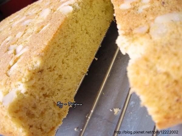 2008.03.15 香蕉磅蛋糕(成品)2.jpg