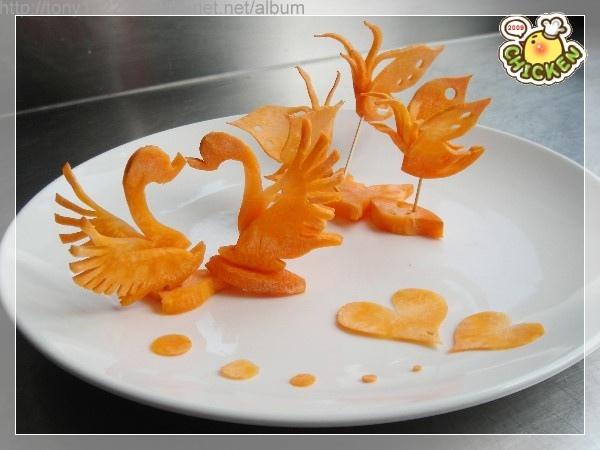 2009.10.27 紅蘿蔔-蝴蝶+鵝(蝴蝶刀).jpg